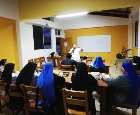 Curso de formación Misionera y Litúrgica en Isla Santa Cruz