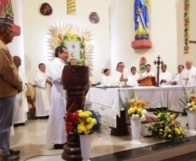 Eucaristía en la Parroquia San Pedro y San Pablo